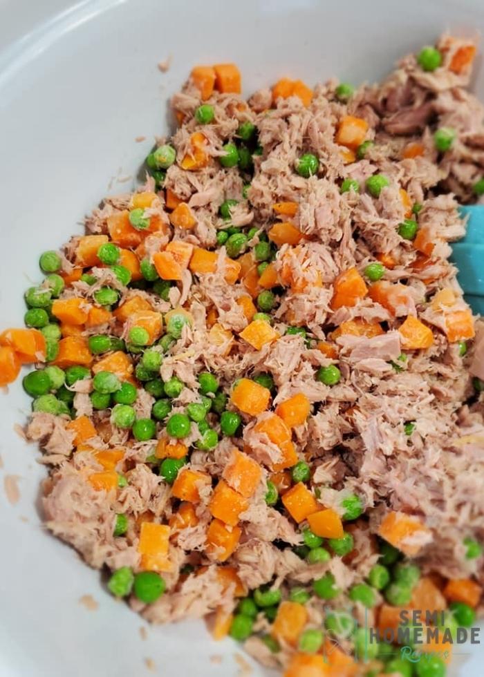 Tuna peas and carrots